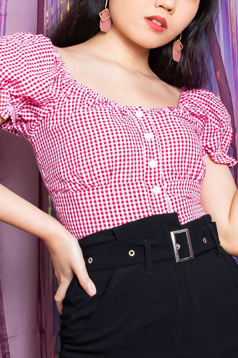 Callie Gingham Puffed Sleeve Top in Red