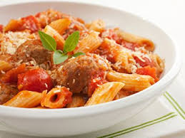Meatball marinara - Penne with tomato sauce