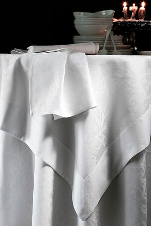 Ombelle Blanc Tablecloth