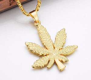 Weed Leaf Pendant & Chain