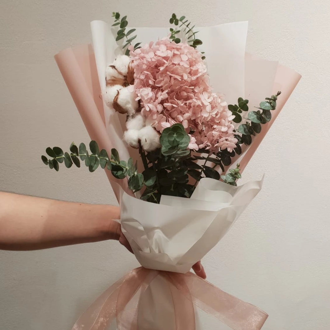 Luscious Pink Everlasting Bouquet Lilasblooms