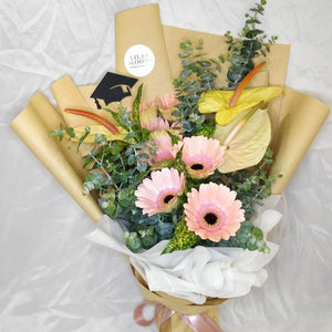 Rising Star Bouquet