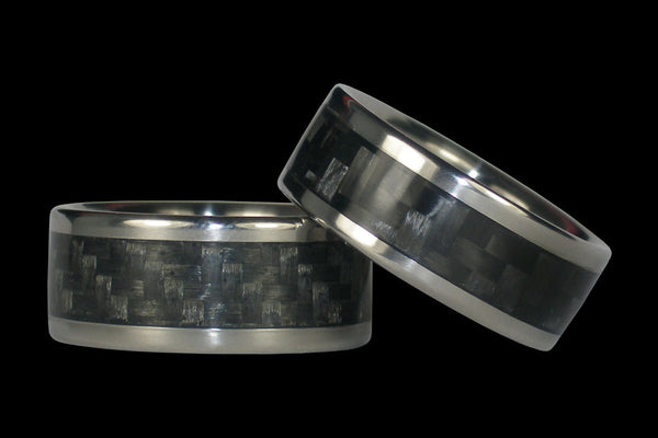 Gray and Black Carbon Fiber Titanium Ring Band Set