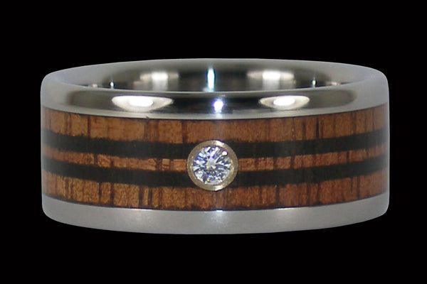 Koa Surfboard Diamond Hawaii Titanium Ring®