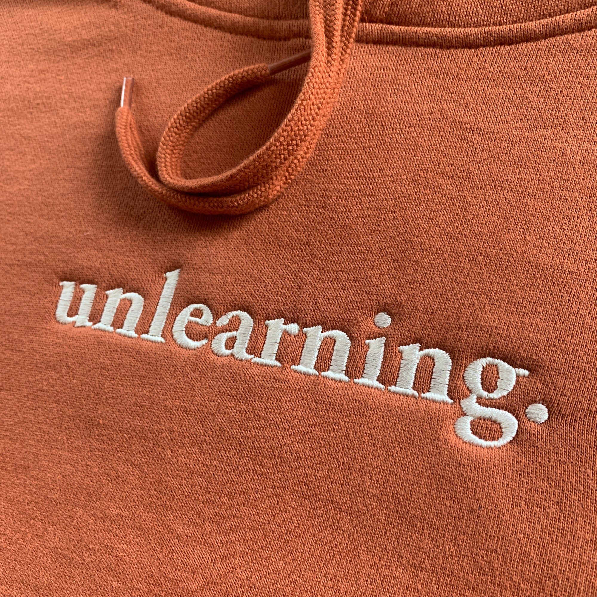 "Evidence ""Unlearning"" Pullover Hoodie [Pre-order]"