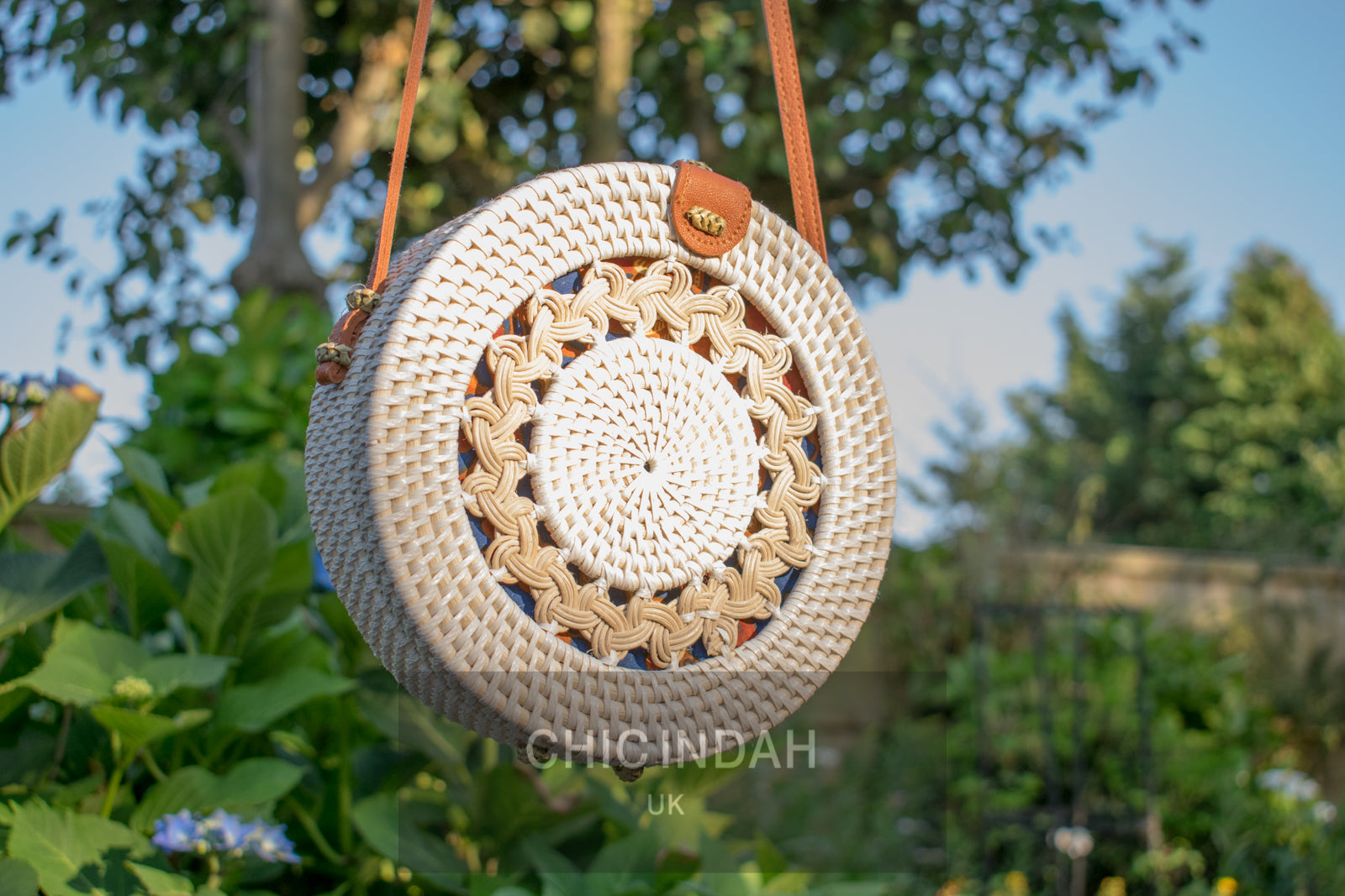 Round handbag rattan bohemian close up