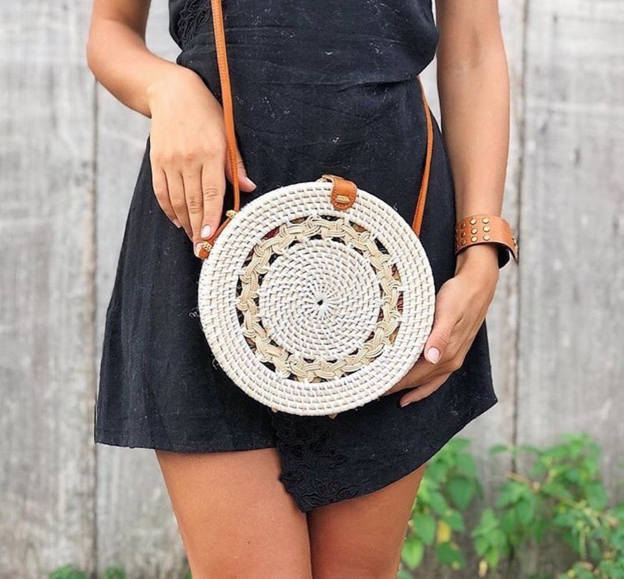 Round woven bags Bali bohemian white patterned