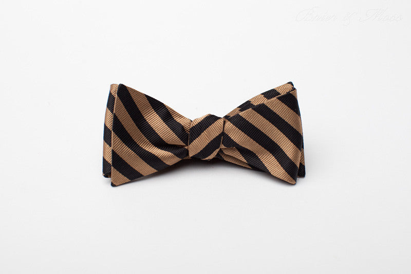 The Heathermore Brier & Moss Bow Tie
