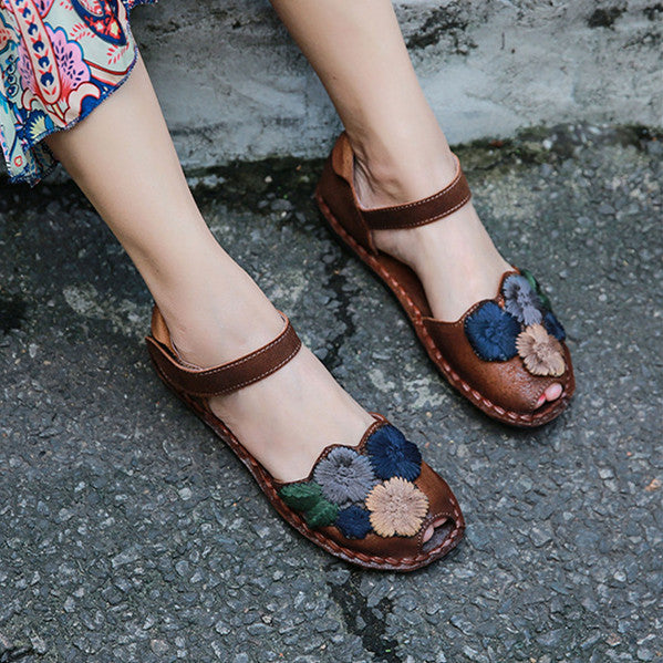 Retro Soft Embroidered Magic Stick Leather Loafers