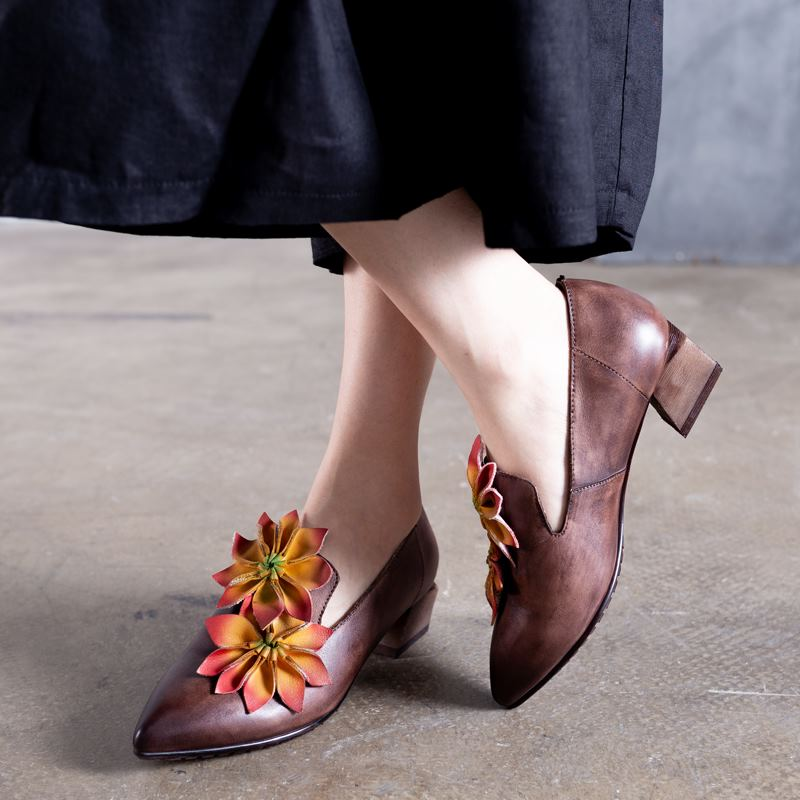 Genuine Leather Flowers Pointed Toe Sandals