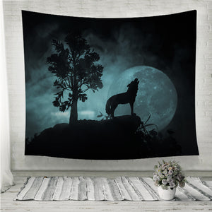 Howling wolf full moon Wall Tapestry