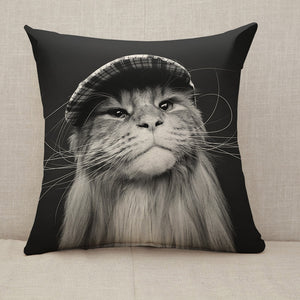 Beautiful maine coon cat in hat Throw Pillow [With Inserts]