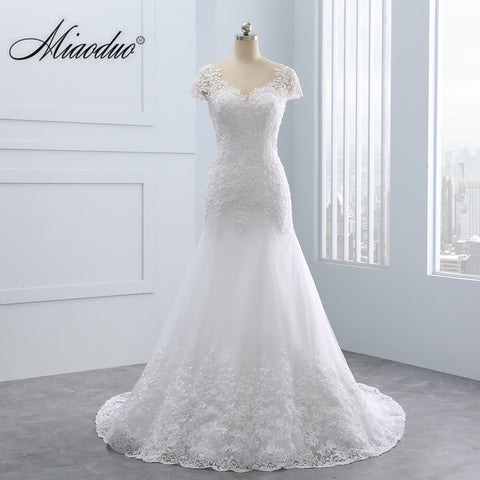 2018 Vestido de noiva Short Lace Backless Wedding Dresses Mermaid Appliques Pearls Wedding Gown Custom Size Wedding Dress