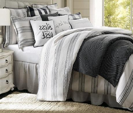 Blackberry Comforter Set