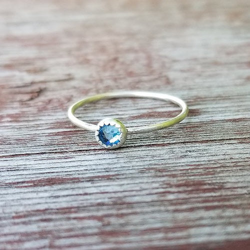 Scalloped Birthstone Ring - Stackable