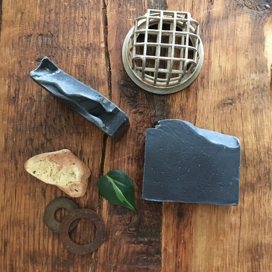 ~charcoal & tea tree~100 % natural soap {vegan}