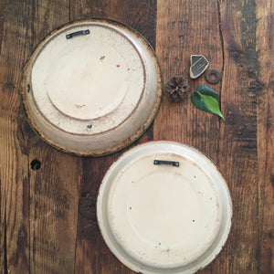 upcycled enamelware pie pan magnet board