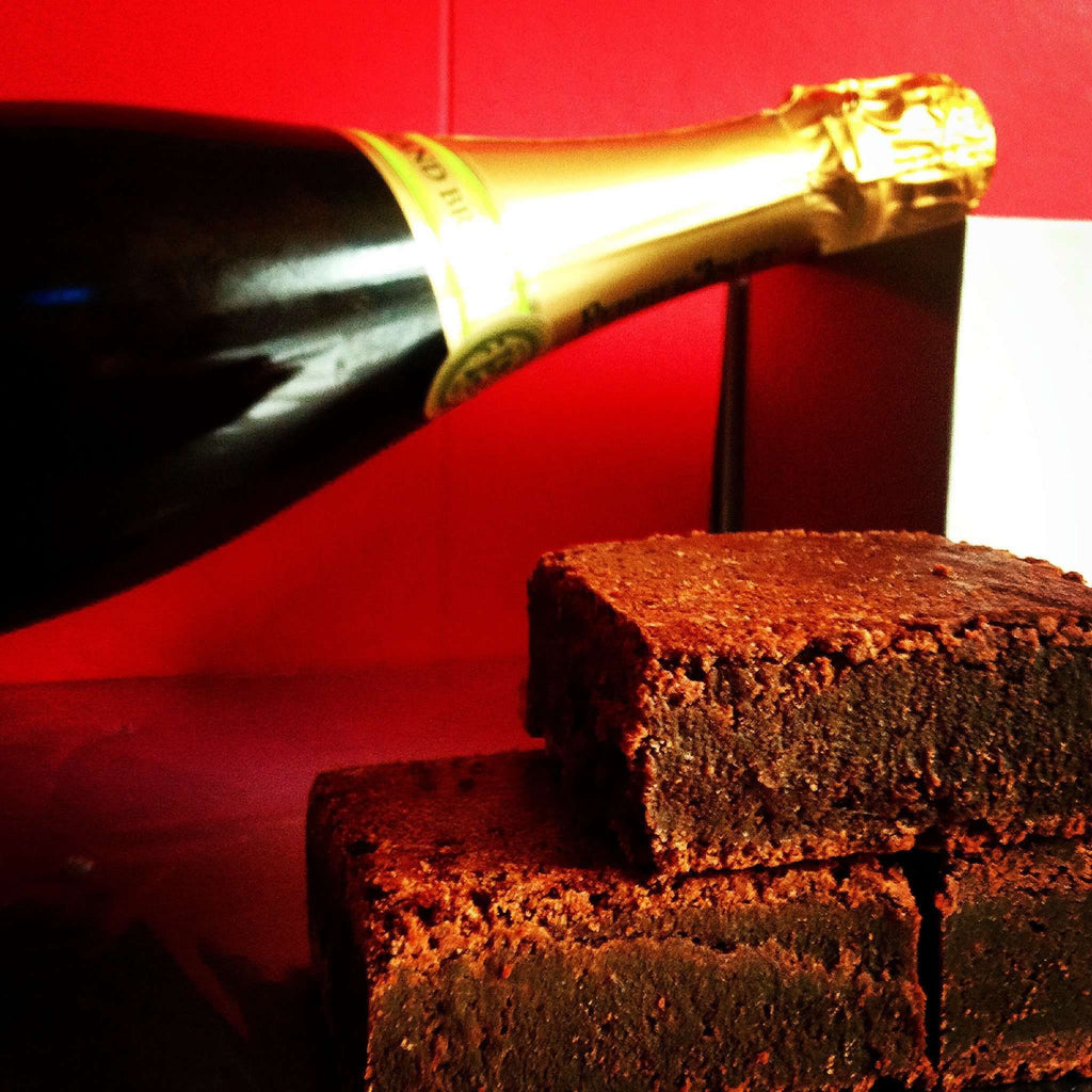 Gift Ideas - Champagne And 8 Dark Chocolate Brownies