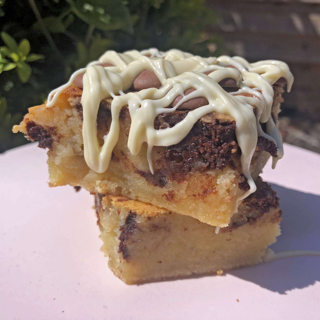 White Belgium Chocolate Blondies - Banana Bread White Chocolate Blondie With Dark Chocolate Swirl