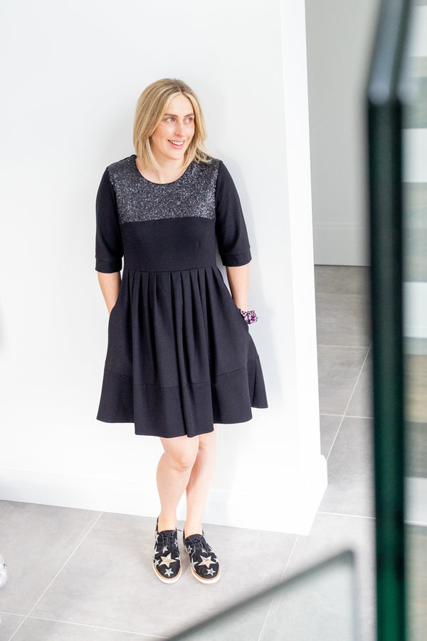Clara Dress in Black with Sequins