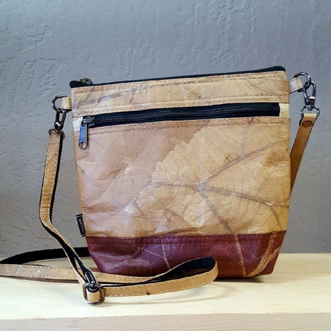Vegan Teak Leaf Leather Ladies' Purse w/strap - Ecomended