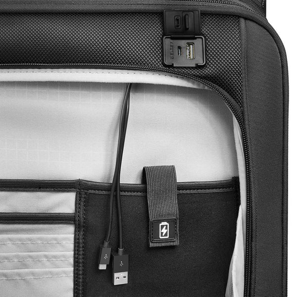 Delsey Pilot 4.0 5 Piece Expandable Spinner Luggage Set