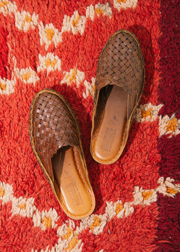 Women's Woven Slide in Oiled Leather