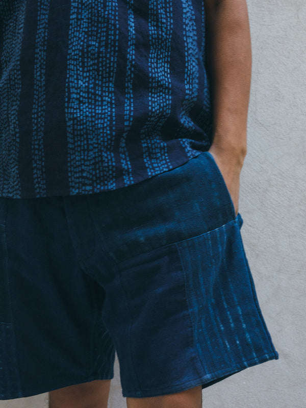 PATCHWORK DECK SHORT mixed indigo block print