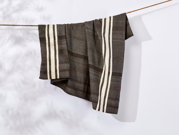 Cirrus Supersoft Organic Cotton Throw Espresso