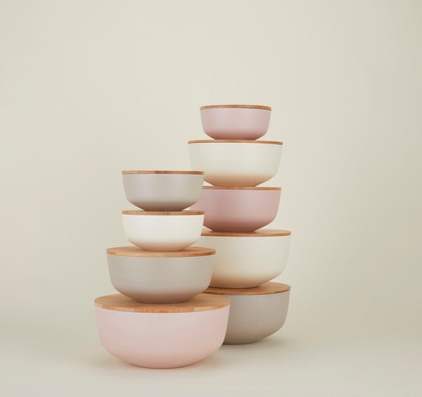 LIGHT GREY ESSENTIAL LIDDED BOWLS - Set of 3