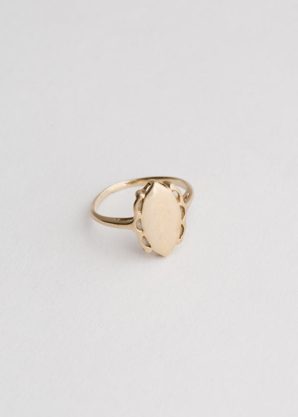 Vintage 10k Yellow Gold Solid Signet Ring