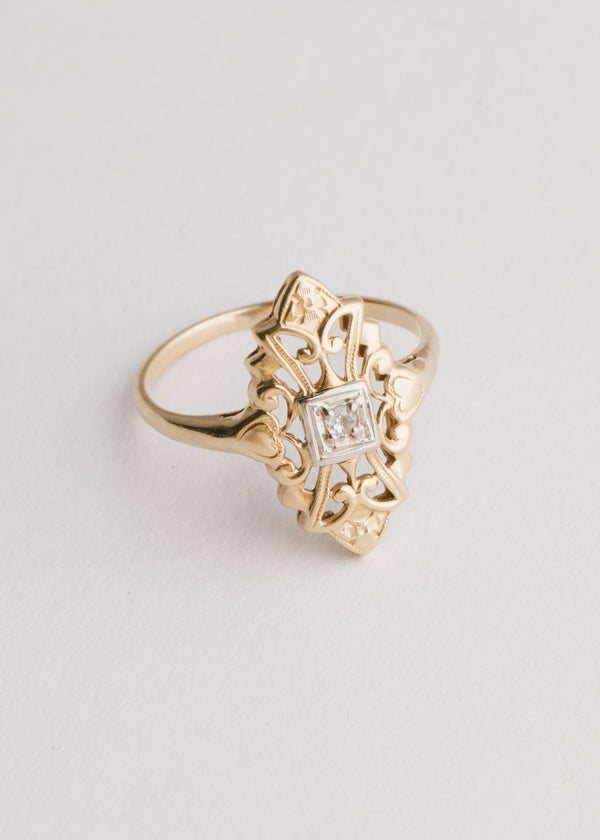 Vintage 10k Gold Art Deco Filigree Diamond Ring