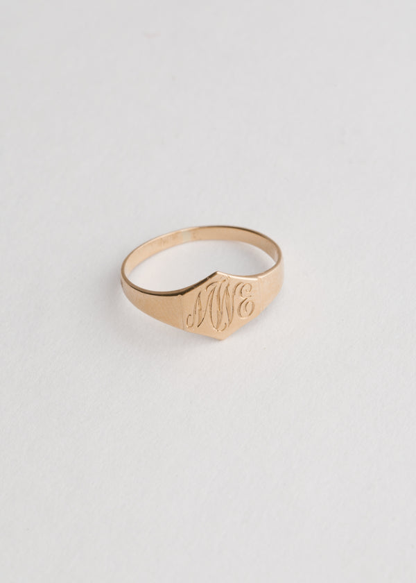 Vintage 10k Gold Engraved Signet Ring