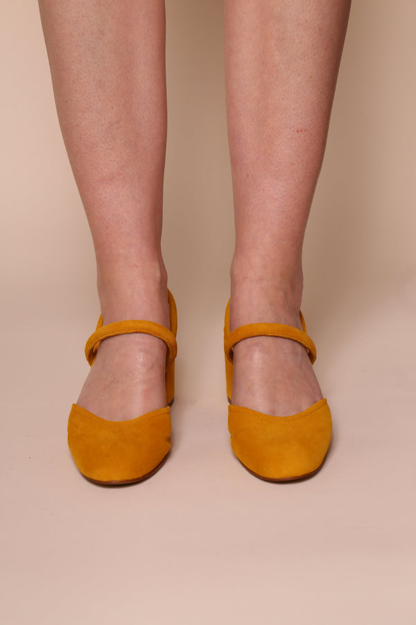 Freckle / Canary Suede