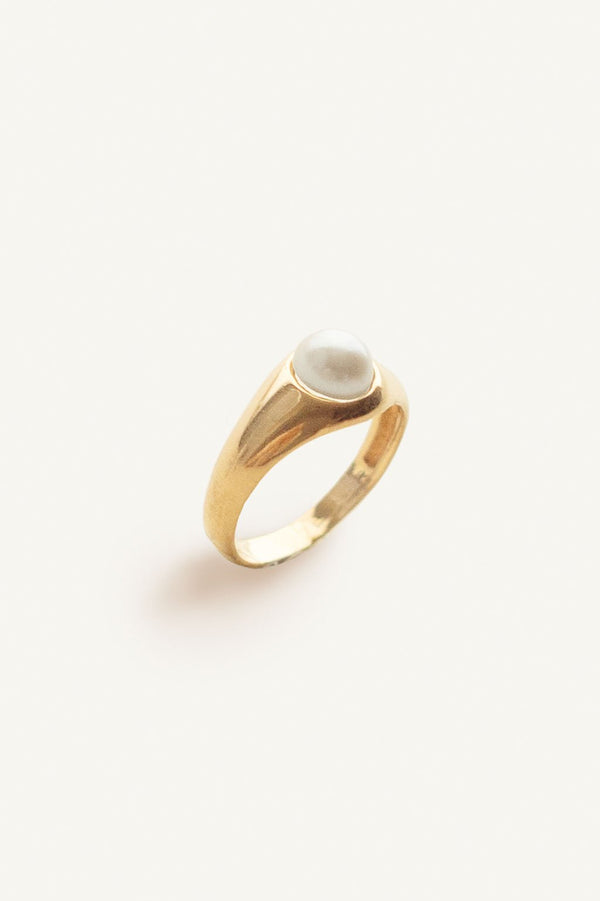 Pearl Signet Ring