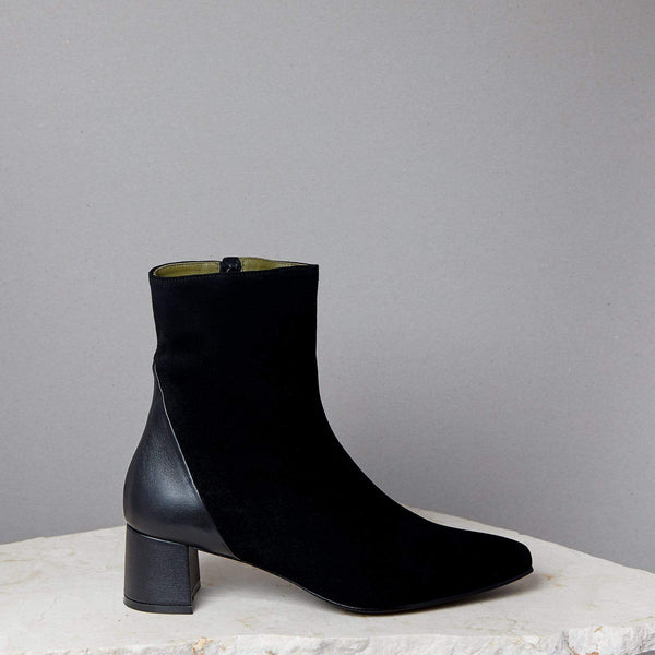 Simone Boot / Black Suede