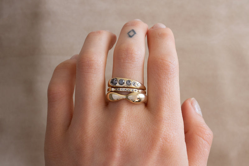 Figure Ring / 14k Yellow, White, or Rose Gold