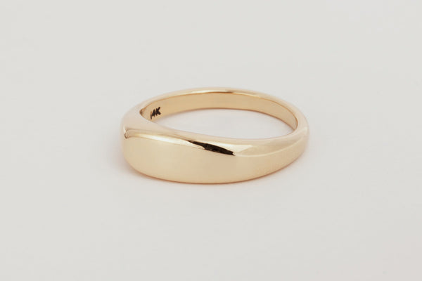 Lila Ring / 14k Yellow, Rose, or White Gold