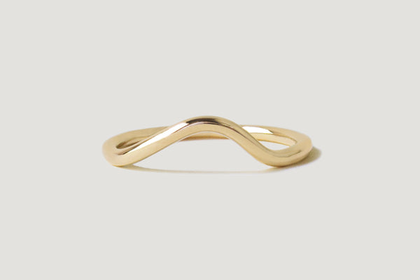 Masumi Contour Band / 14k Yellow, White, or Rose Gold