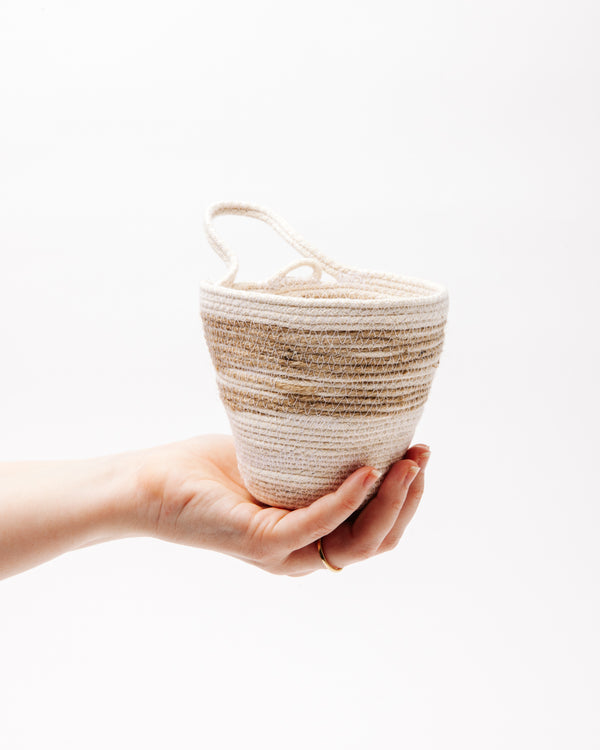 Medium Planter in Jute + Natural
