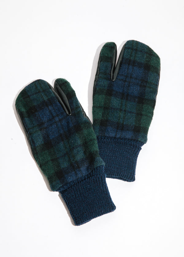 Zept Touchscreen Mittens in Green Check