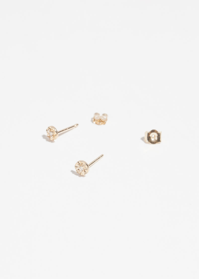 14k Gold Diamond Nest Stud
