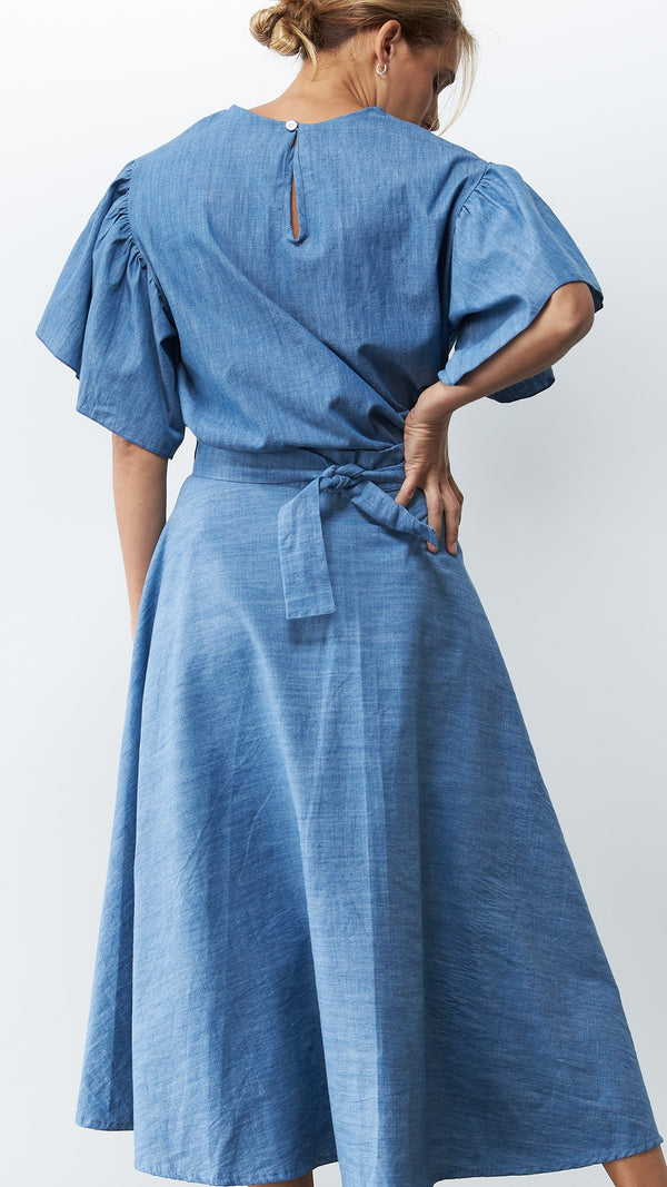 Mia Skirt / Chambray
