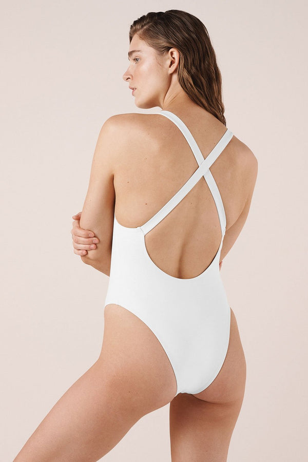 Costa One Piece