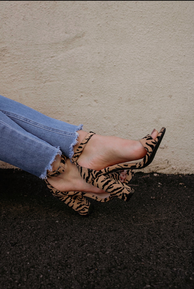 the cashmere heel - tiger suede