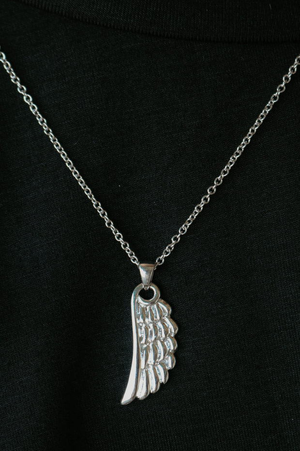 believe band: angel wing necklace