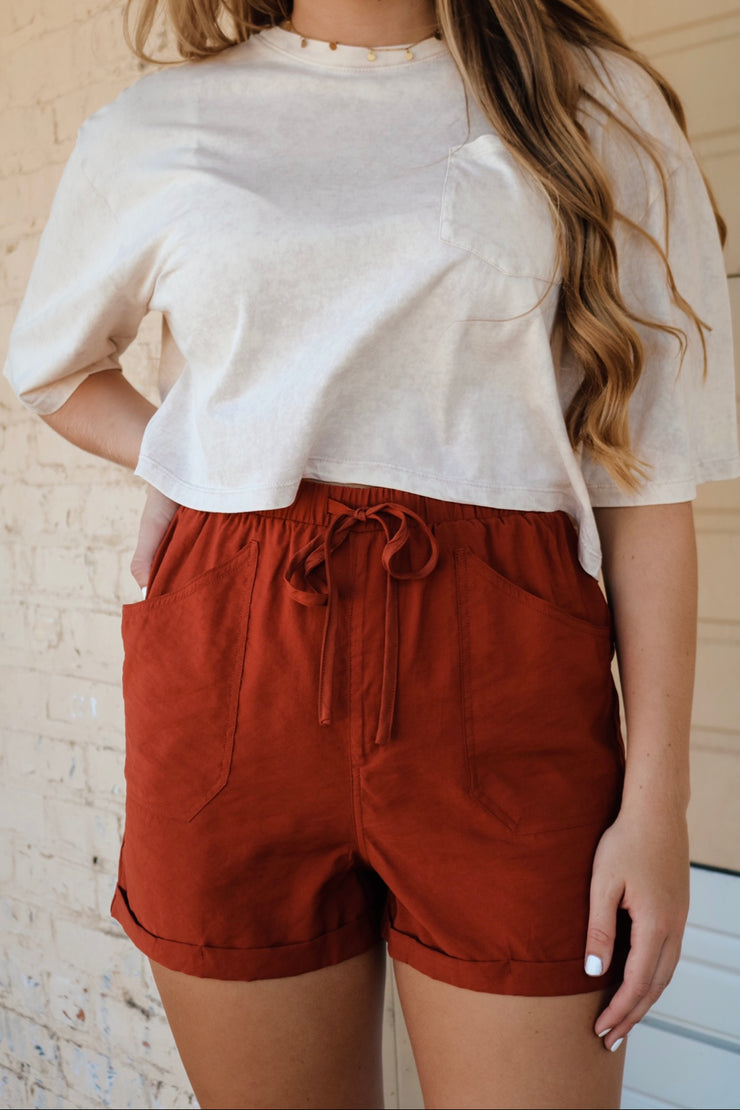 everyday go-to shorts - cognac