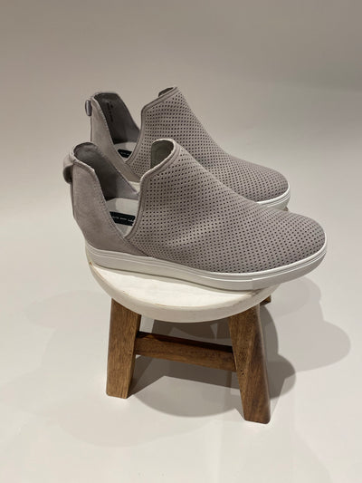 steve madden: the canaresp sneaker - grey suede