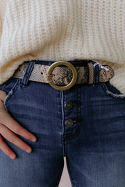 the caroline belt - beige snake
