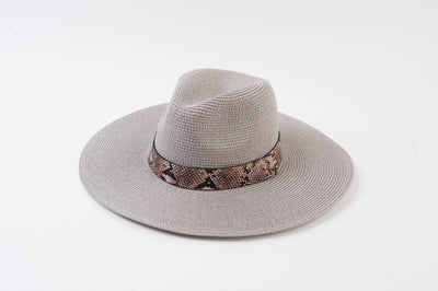 she's a looker hat - grey/snake